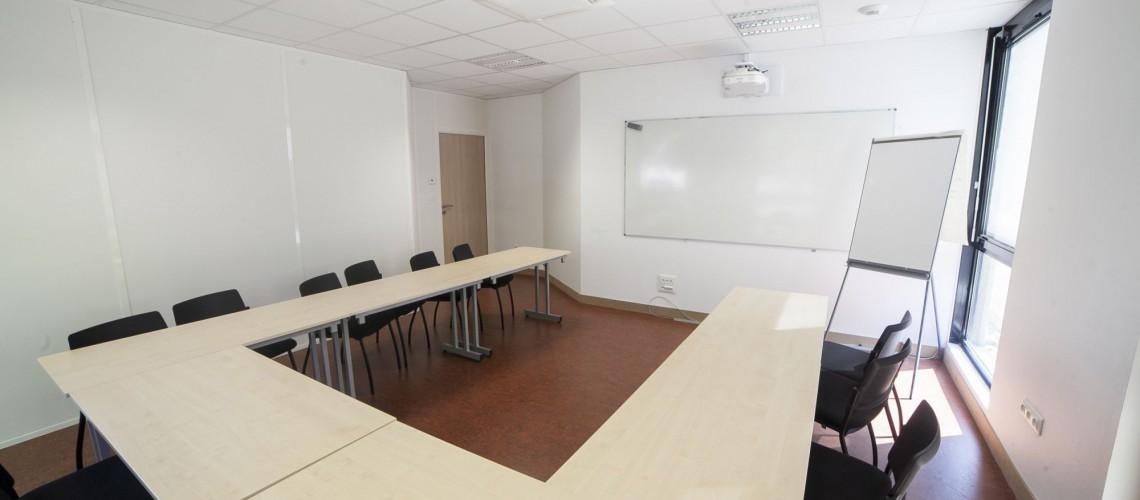 Salles de réunion équipées